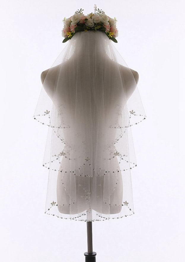 Two-tier Beaded Edge Tulle Fingertip Bridal Veils