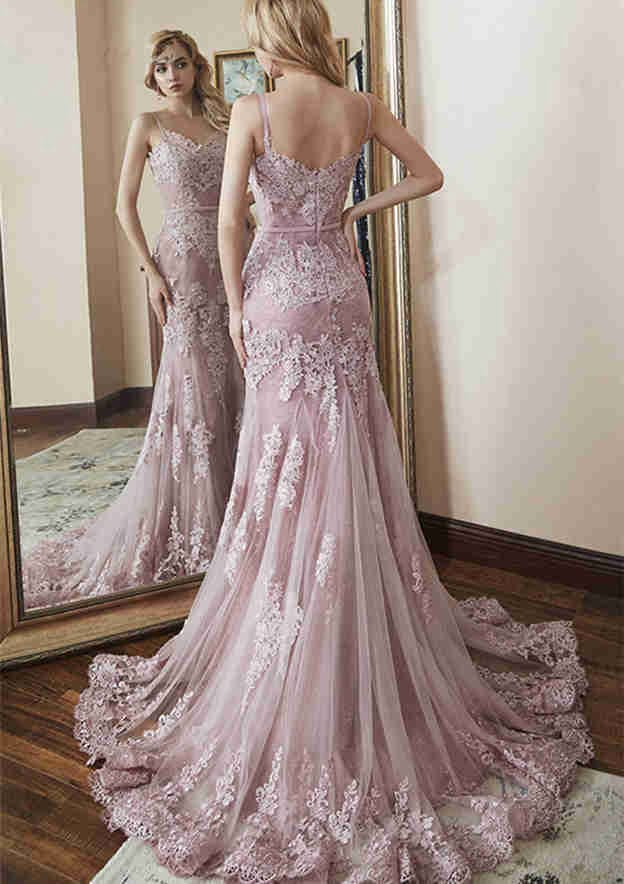 Trumpet/Mermaid Sleeveless Chapel Train Lace Prom Dress With Appliqued