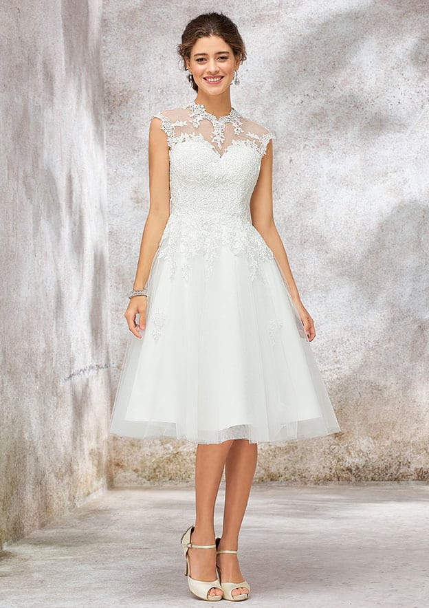 Ball Gown Sleeveless Knee-Length Tulle Wedding Dress With Lace/Sequins