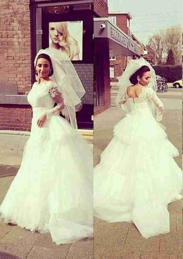 Ball Gown Scalloped Neck Full/Long Sleeve Court Train Tulle Wedding Dress With Appliqued Lace