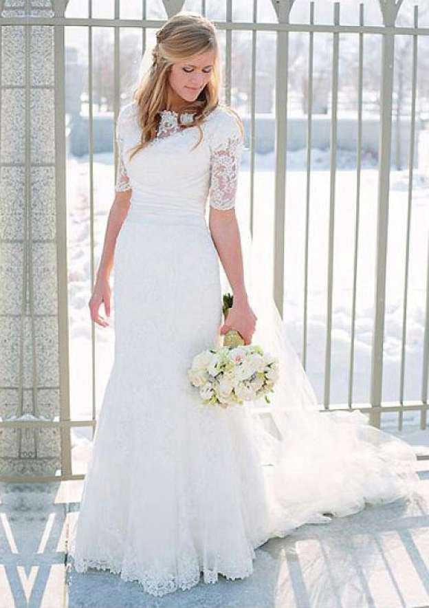Sheath/Column Bateau Half Sleeve Court Train Lace Wedding Dress With Appliqued