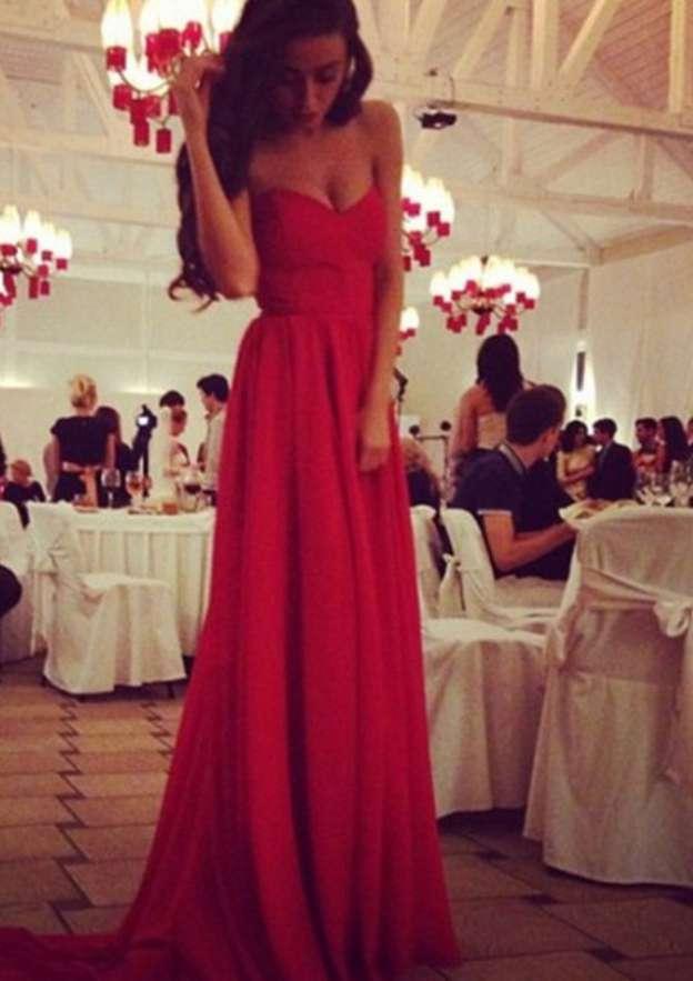 A-Line/Princess Sweetheart Sleeveless Sweep Train Chiffon Prom Dress