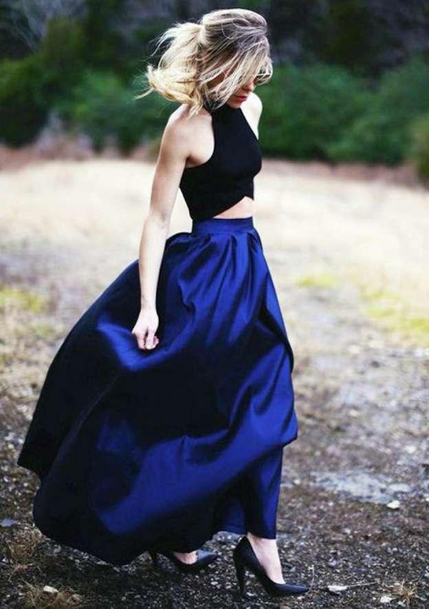 A-Line/Princess Halter Sleeveless Long/Floor-Length Taffeta Prom Dress With Pleated