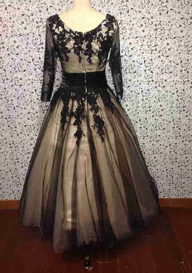 A-Line/Princess Scoop Neck Half Sleeve Tea-Length Tulle Prom Dress With Appliqued