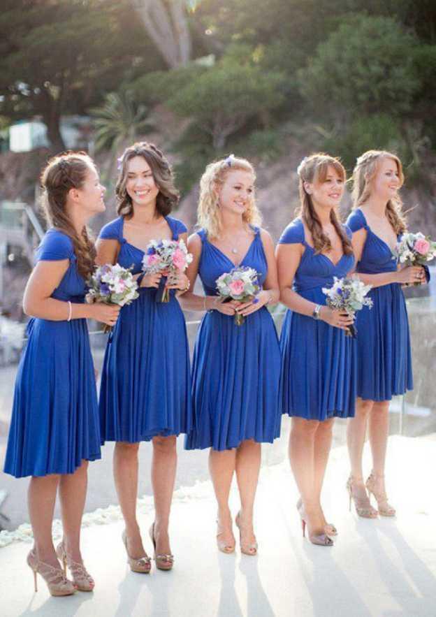 A-Line/Princess Sweetheart Sleeveless Knee-Length Chiffon Bridesmaid Dress With Pleated