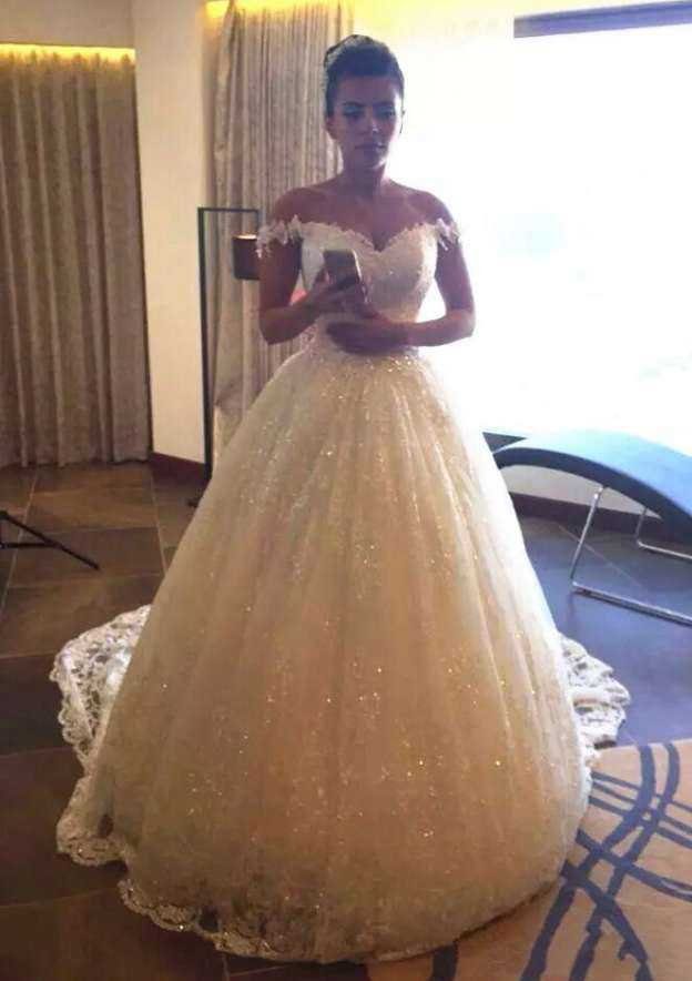 Ball Gown Off-The-Shoulder Sleeveless Court Train Lace Wedding Dress With Appliqued Sequins