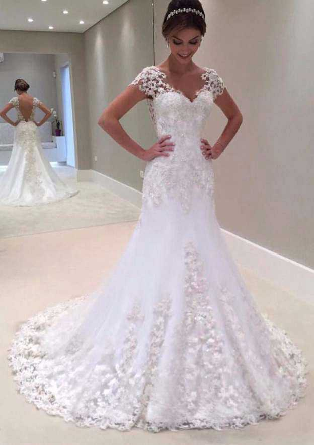 Sheath/Column V Neck Short Sleeve Court Train Lace Wedding Dress With Appliqued Beading