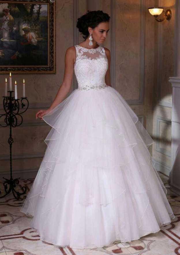 Ball Gown Bateau Sleeveless Long/Floor-Length Tulle Wedding Dress With Appliqued Beading