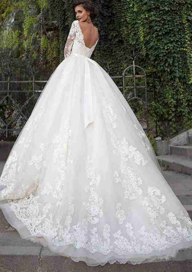 Ball Gown V Neck 3/4 Sleeve Court Train Tulle Wedding Dress With Appliqued Lace