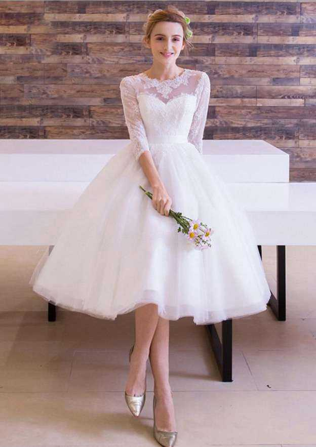Ball Gown Bateau 3/4 Sleeve Tea-Length Tulle Wedding Dress With Appliqued Bowknot Lace