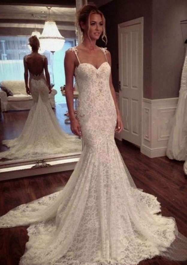 Trumpet/Mermaid Sweetheart Sleeveless Court Train Lace Wedding Dress With Appliqued