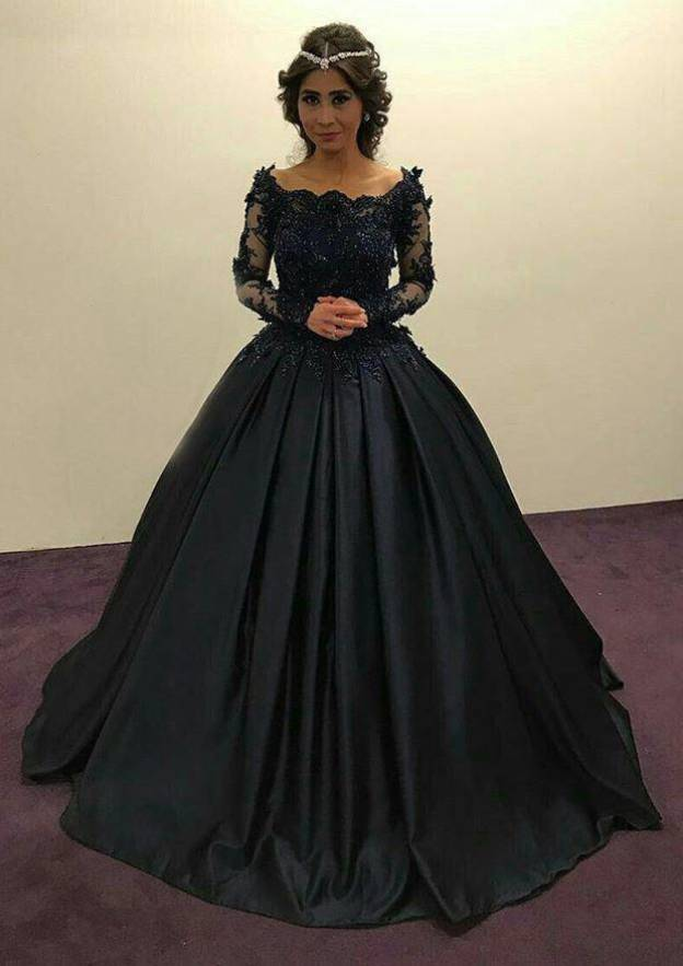 Ball Gown Scalloped Neck Full/Long Sleeve Long/Floor-Length Satin Prom Dress With Appliqued