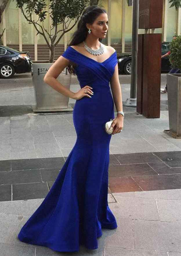 Trumpet/Mermaid Off-The-Shoulder Sleeveless Sweep Train Satin Prom Dress