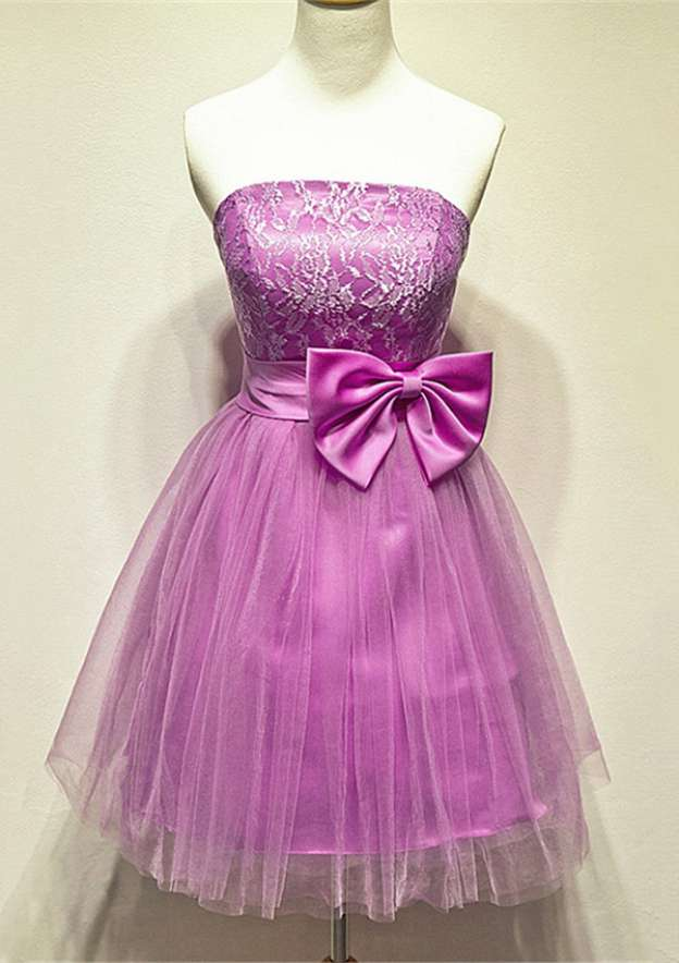 A-Line/Princess Strapless Sleeveless Knee-Length Tulle Homecoming Dress With Waistband Bowknot Lace