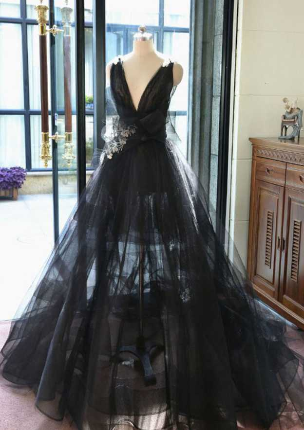 Ball Gown V Neck Sleeveless Court Train Tulle Prom Dress With Shoulder Flower Flowers