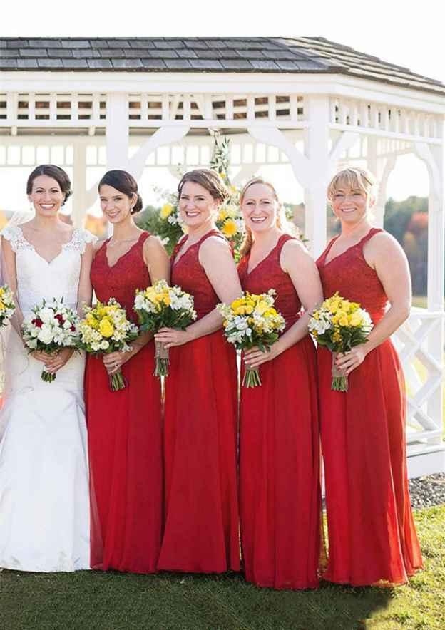 A-Line/Princess V Neck Sleeveless Long/Floor-Length Chiffon Bridesmaid Dresses With Lace