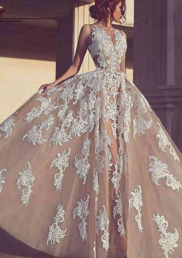 Ball Gown Bateau Sleeveless Long/Floor-Length Tulle Prom Dress With Appliqued