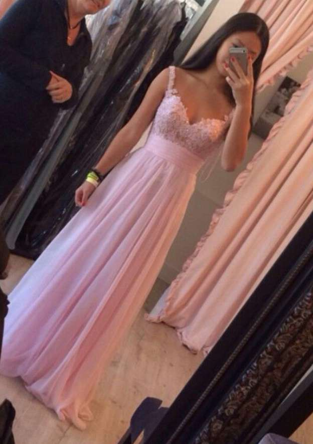 A-Line/Princess Sweetheart Sleeveless Long/Floor-Length Chiffon Prom Dress With Appliqued