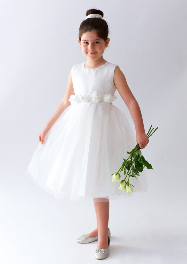 A-Line/Princess Scoop Neck Sleeveless Knee-Length Tulle Flower Girl Dress With Beading Flowers