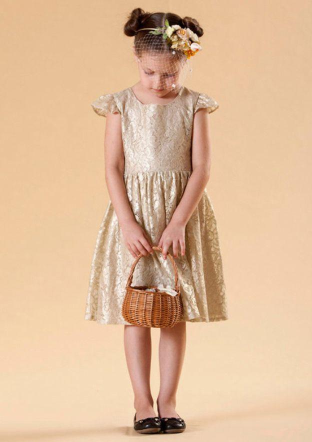 A-Line/Princess Bateau Sleeveless Knee-Length Lace Flower Girl Dress