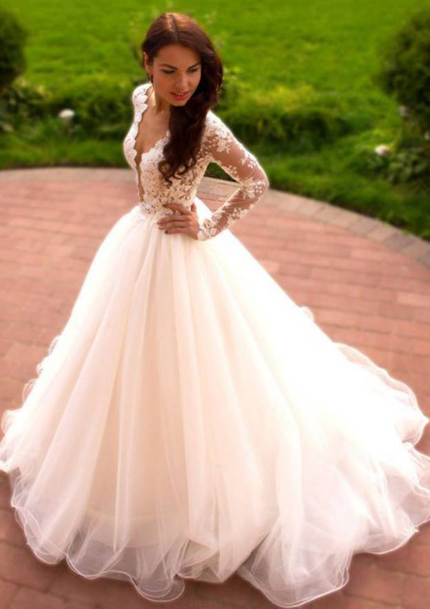 Ball Gown Scalloped Neck Full/Long Sleeve Long/Floor-Length Tulle Wedding Dress With Appliqued
