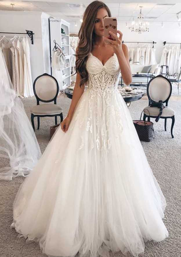 A-Line/Princess Sweetheart Sleeveless Long/Floor-Length Tulle Wedding Dress With Appliqued