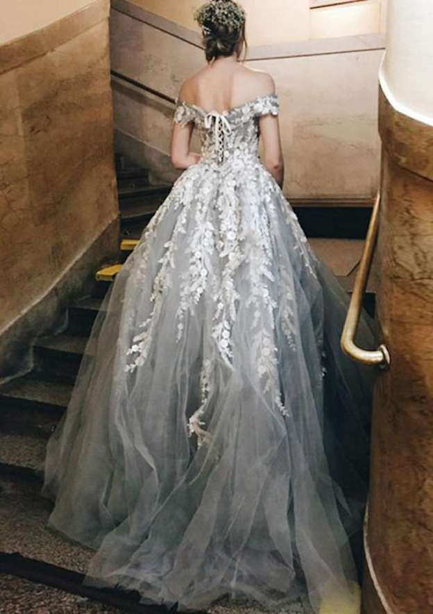 Ball Gown Off-The-Shoulder Sleeveless Sweep Train Tulle Wedding Dress With Appliqued