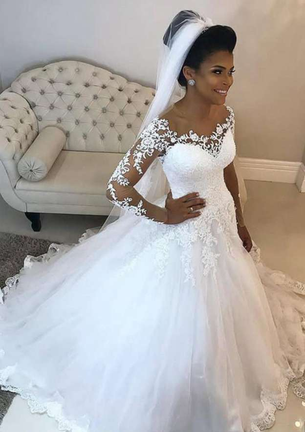 Ball Gown Scoop Neck Full/Long Sleeve Long/Floor-Length Tulle Wedding Dress With Appliqued Lace
