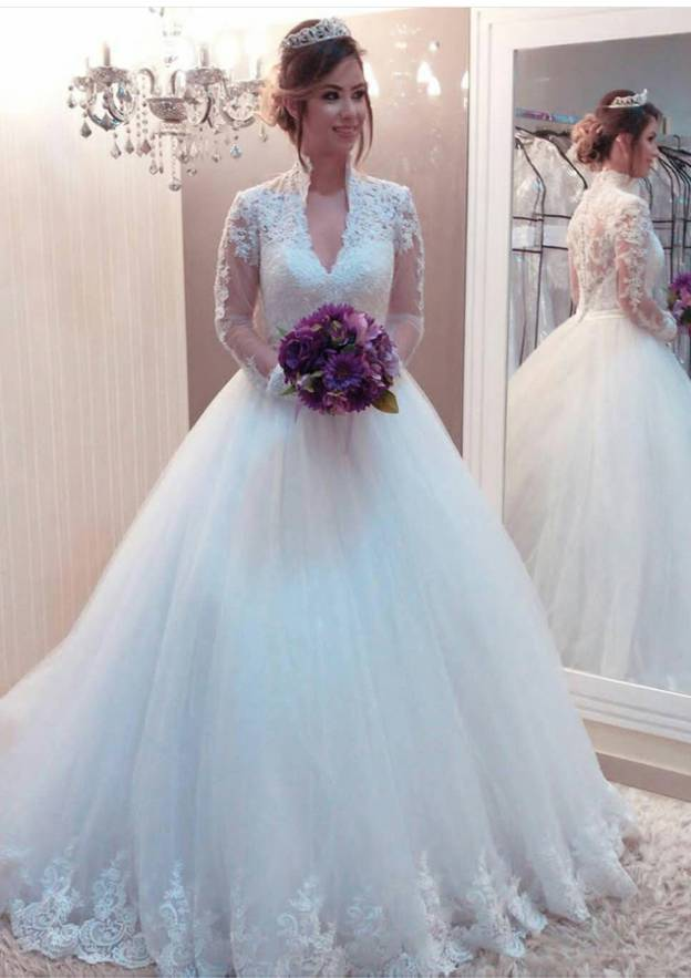 Ball Gown Scalloped Neck Full/Long Sleeve Sweep Train Tulle Wedding Dress With Appliqued Lace