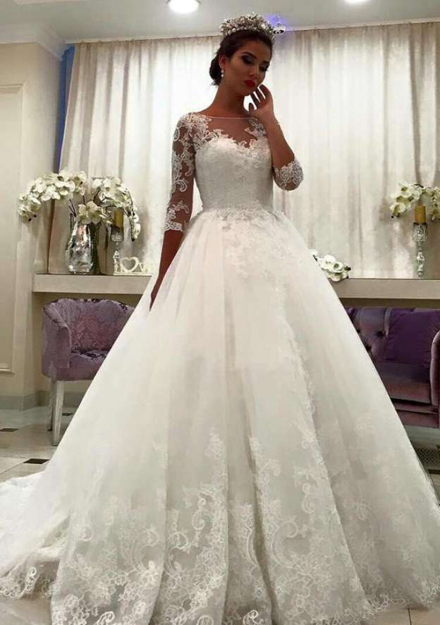 A-Line/Princess Bateau 3/4 Sleeve Sweep Train Tulle Wedding Dress With Appliqued Lace