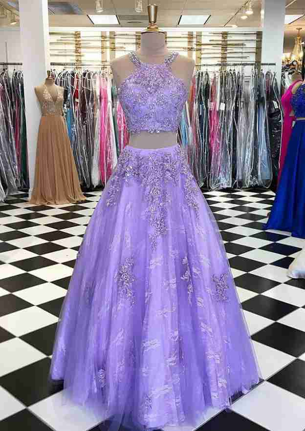 Ball Gown Scoop Neck Sleeveless Long/Floor-Length Tulle Prom Dress With Appliqued Beading