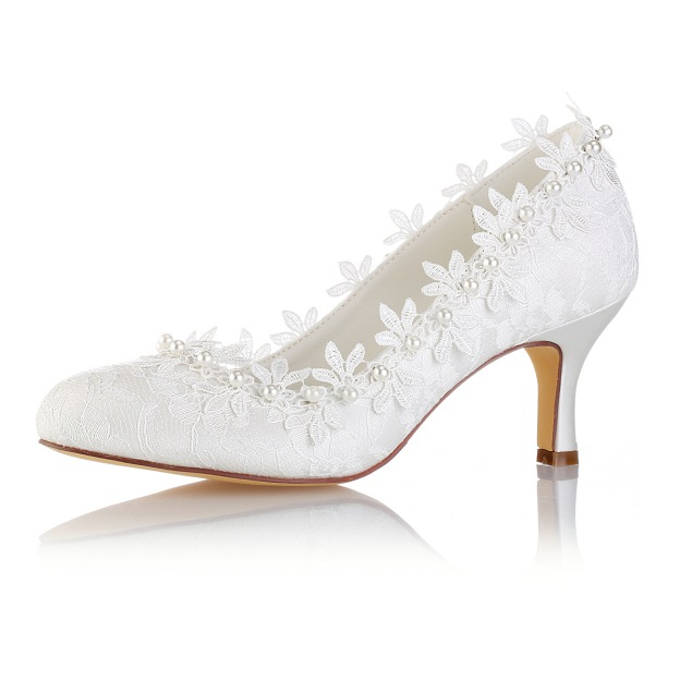 Close Toe Wedding Shoes Spool Heel Lace Wedding Shoes With Appliqued Beaded Lace