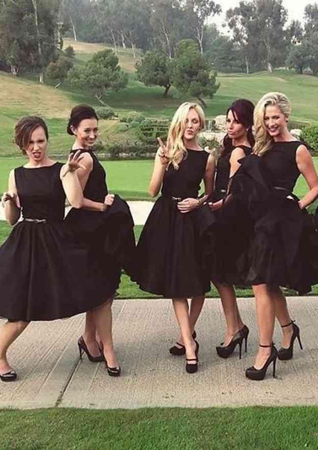 A-Line/Princess Bateau Sleeveless Knee-Length Satin Bridesmaid Dresses With Waistband