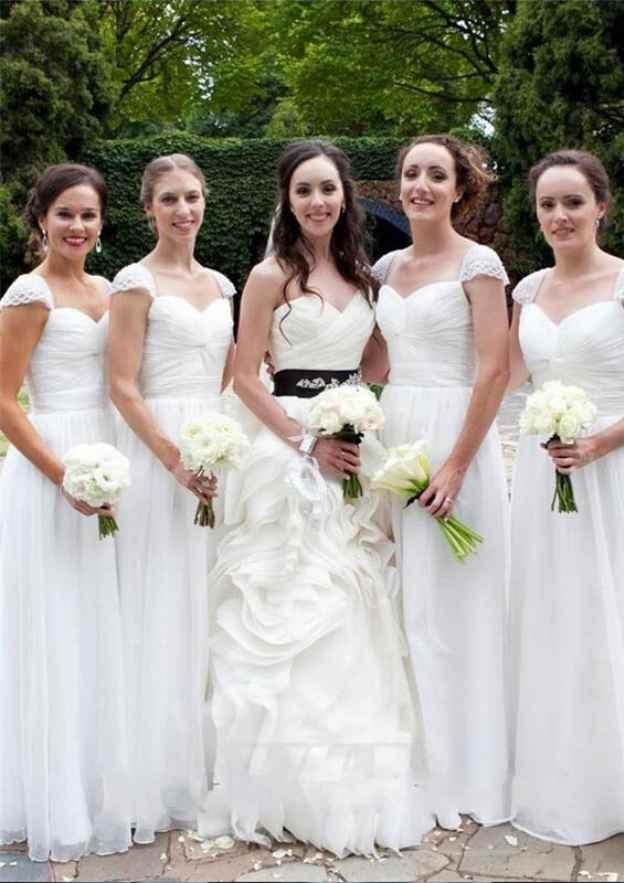 A-Line/Princess Sweetheart Sleeveless Long/Floor-Length Chiffon Bridesmaid Dresses With Lace Pleated