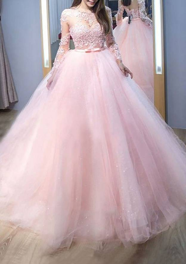 Ball Gown Bateau Full/Long Sleeve Court Train Tulle Prom Dress With Appliqued