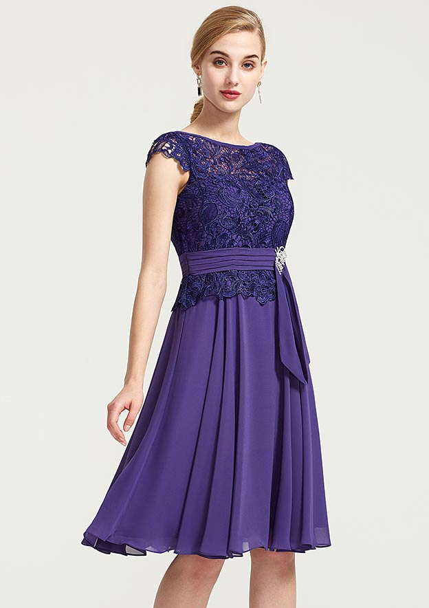 A-Line/Princess Bateau Sleeveless Knee-Length Chiffon Bridesmaid Dress With Rhinestone Appliqued Sashes