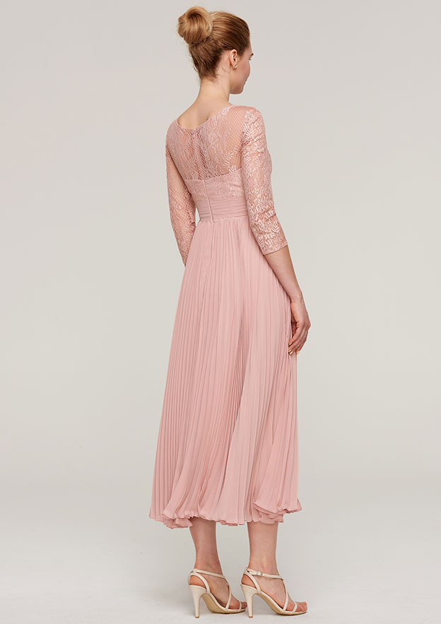 A-Line/Princess Bateau 3/4 Sleeve Tea-Length Chiffon Mother Of The Bride Dress With Lace Pleated