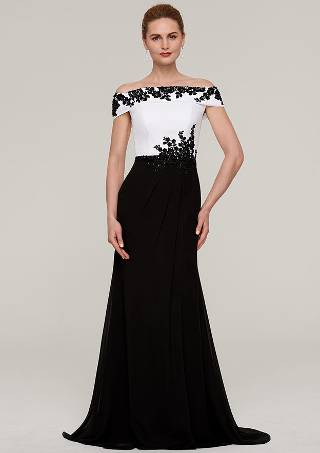 A-Line/Princess Off-The-Shoulder Sleeveless Sweep Train Chiffon Mother Of The Bride Dress With Split Beading Appliqued