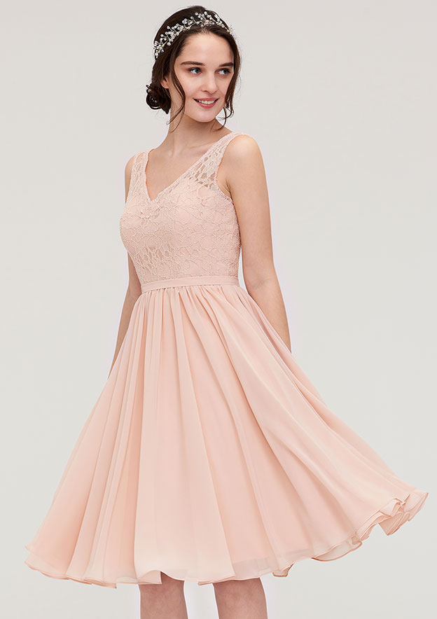 A-Line/Princess V Neck Sleeveless Knee-Length Chiffon Bridesmaid Dress With Lace