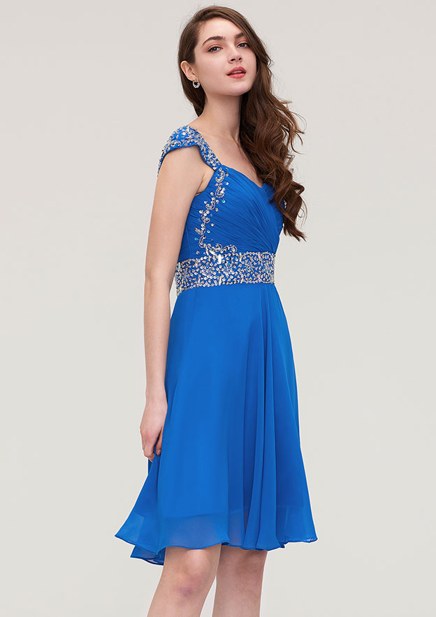 A-line/Princess V Neck Sleeveless Short/Mini Chiffon Homecoming Dress With Beading Pleated