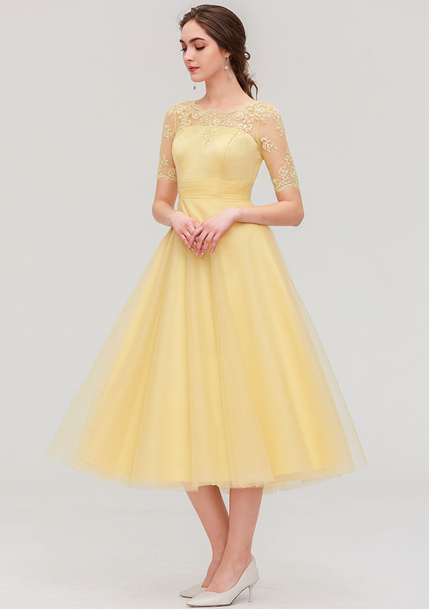 A-line/Princess Bateau Short Sleeve Tea-Length Tulle Bridesmaid Dress With Pleated Lace