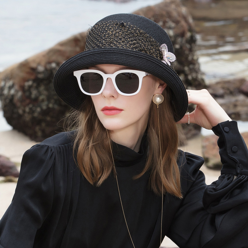 Ladies' Glamourous/High Quality Net Yarn Pp Bowler/Cloche Hats With Flower