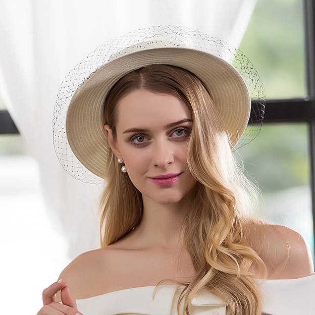 Ladies' Glamourous/Classic Papyrus Straw Hats/Tea Party Hats With Tulle