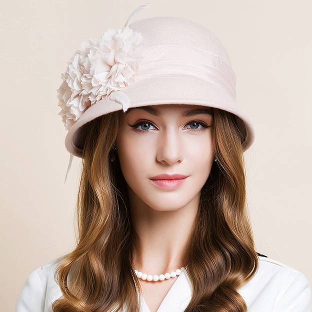 Ladies' Charming/Glamourous Wool Bowler/Cloche Hats/Tea Party Hats With Feather Flower