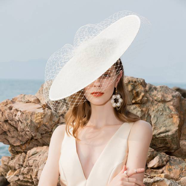 Ladies' Elegant/Glamourous Cambric Fascinators/Tea Party Hats With Tulle