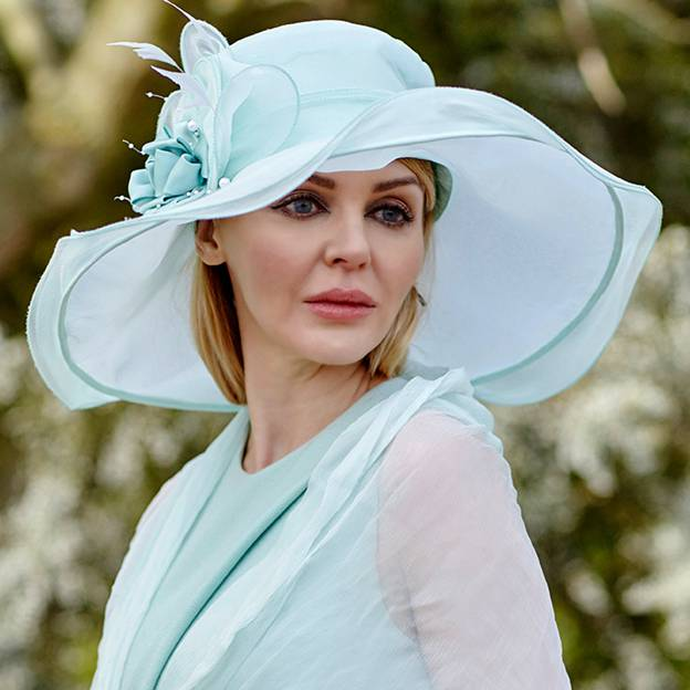 Ladies' Nice/Glamourous Silk Beach/Sun Hats/Kentucky Derby Hats With Imitation Pearls Feather Silk Flower