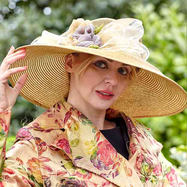 Ladies' Beautiful/Nice Papyrus Straw Hats/Beach/Sun Hats With Flower