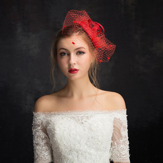 Ladies' Elegant/Charming/Beautiful Net Yarn Cambric Fascinators With Feather