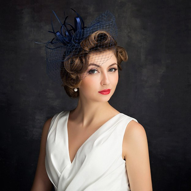 Ladies' Elegant/Glamourous Net Yarn Cambric Fascinators With Feather