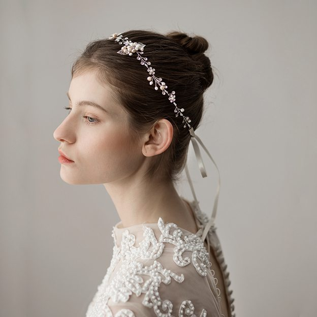 Ladies Alloy/Freshwater Pearl With Flower Venetian Pearl/Rhinestone Headbands